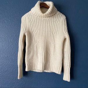 Banana Republic White Knit Turtleneck Sweater XS